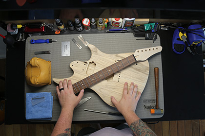 Guitar - Online Builder